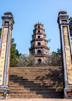 Entrance to the pagoda.