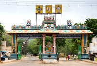 Main entrance gate to the Vishnu sanctuary called Kallalagar..