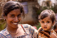 Young mother and daughter in Nilavagilukaval.