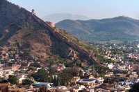 Multiple sections of the 'Great wall of Jaipur'.
