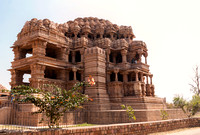 The larger medieval Hindu temple in all its glory on the rock of Gwalior.